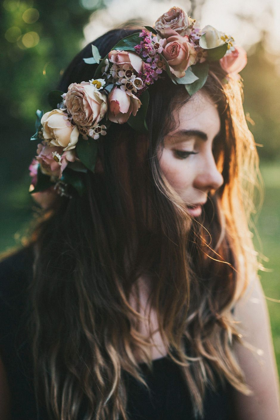 bride-wearing-flower-crown